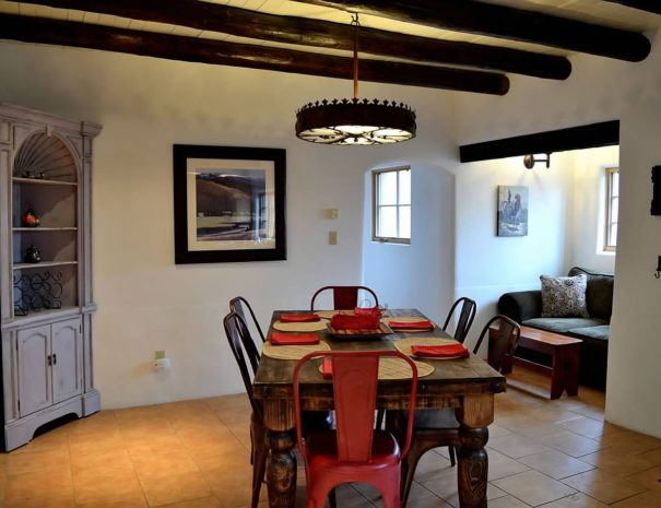 Casa Tranquila Taos Vacation Rental Home dining area