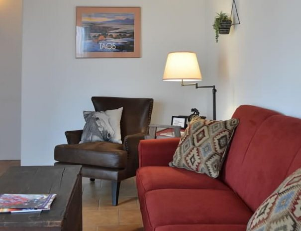Casa Tranquila Taos Vacation Rental Home couches