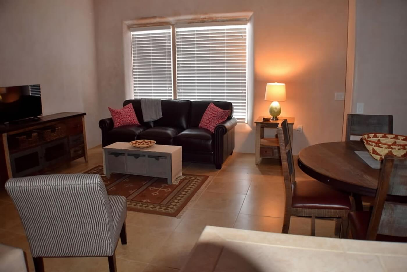 Taos vacation rental aire fresca lounge