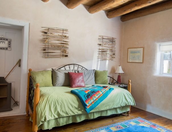 Taos Vacation Rental home day room