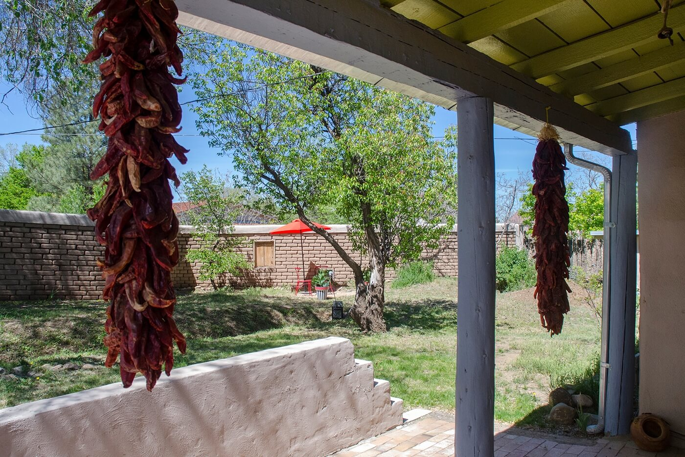 Taos Vacation Rental home grounds
