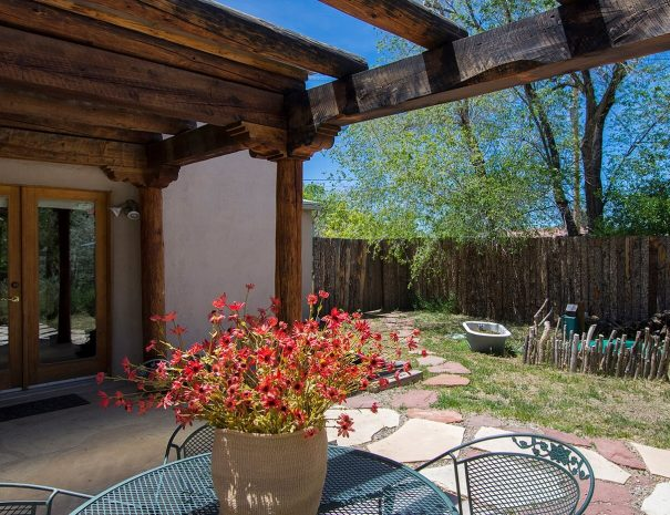 Taos Vacation Rental home patio