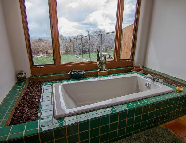 Taos Vacation Rental Home jacuzzi
