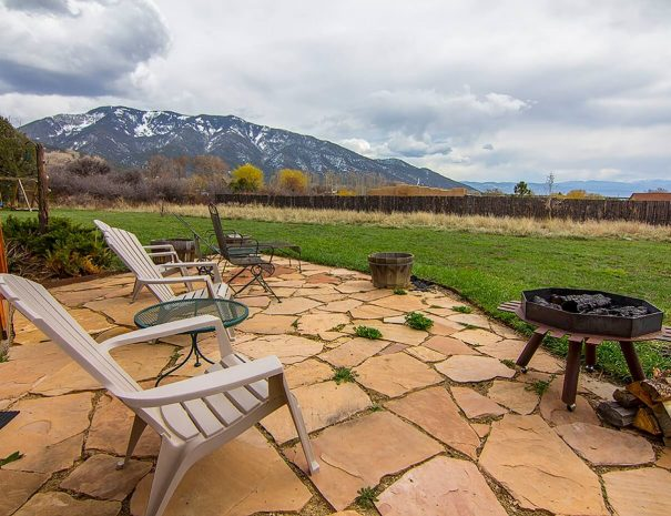 Taos Vacation Rental Home mountain view