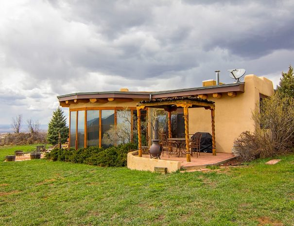 Taos Vacation Rental Home outside