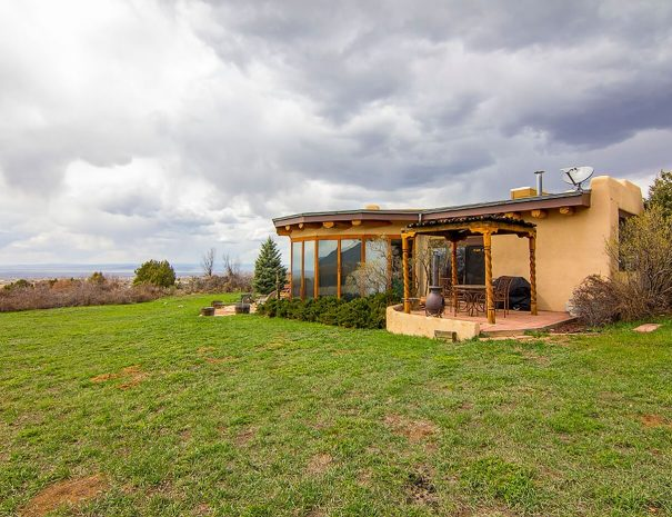Taos Vacation Rental Home exterior
