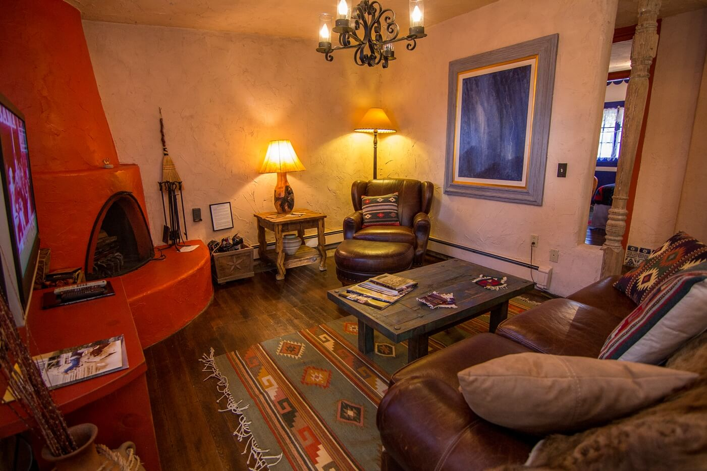 Historical Taos Vacation rental living