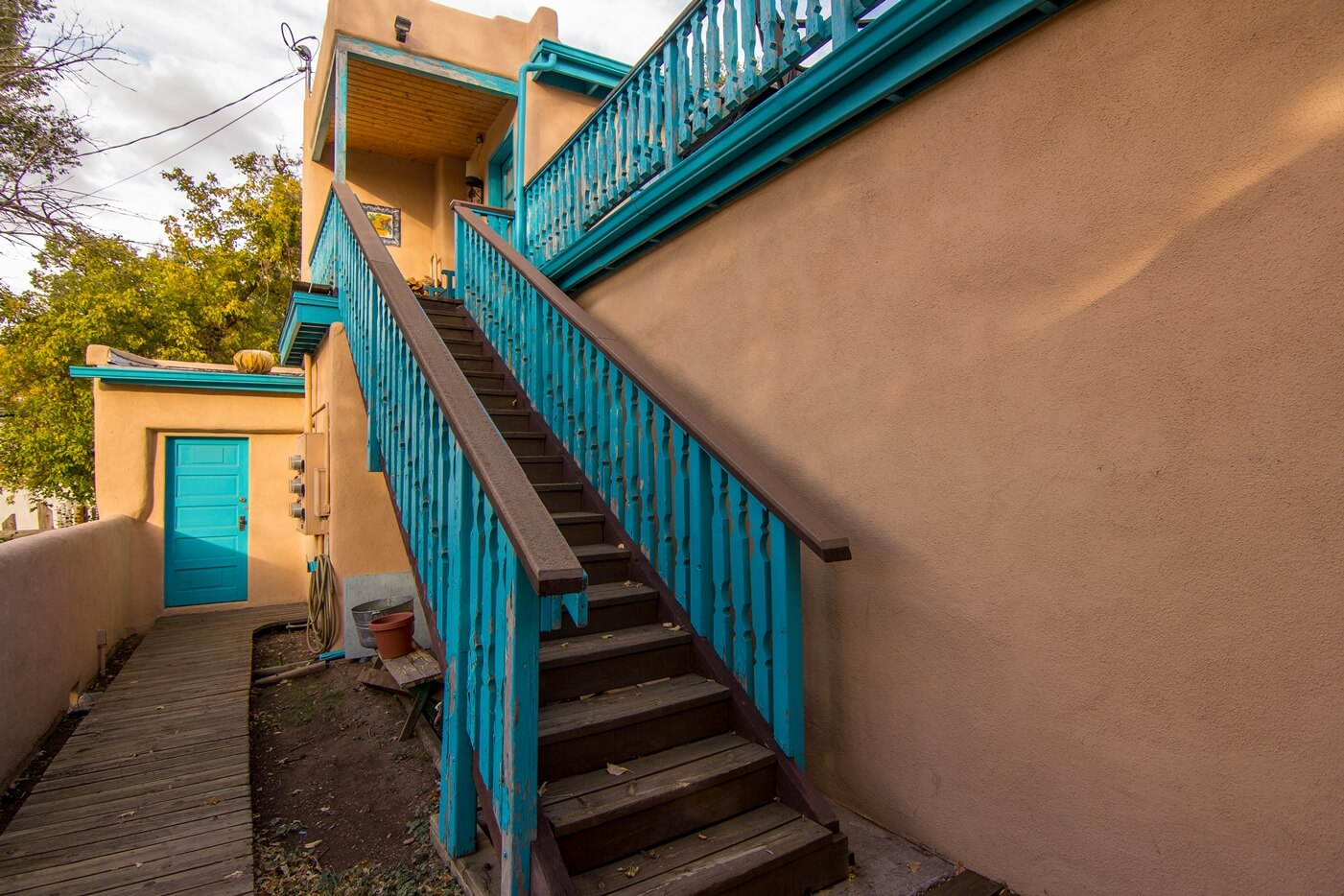 Historical Taos Vacation rental entrance