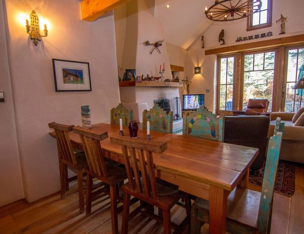 Taos Vacation Rental Home for groups
